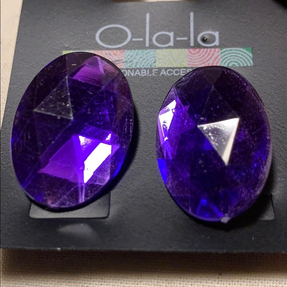 Jewelry - New large purple gem fashion studs